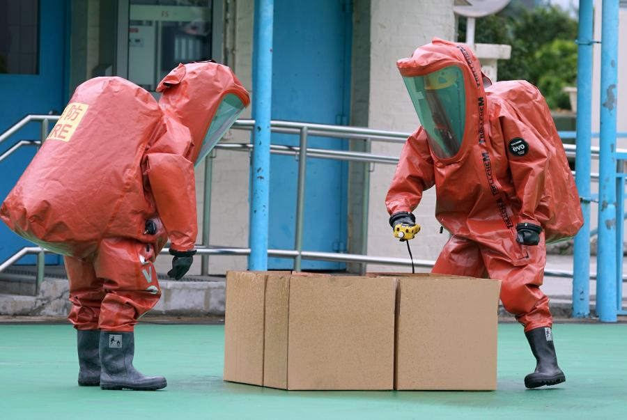 An anti-terrorism drill, code-named Powersky, takes place at Lei Yue Mun Park, Hong Kong, March 25, 2019. The drill simulated scenarios including a terrorist attack with explosives and toxic chemical gas. The operation was aimed at promoting counter-terrorism awareness among the public and enhancing coordination in the Inter-departmental Counter Terrorism Unit (ICTU), established in April 2018. (Photo: China News Service/Zhang Wei)