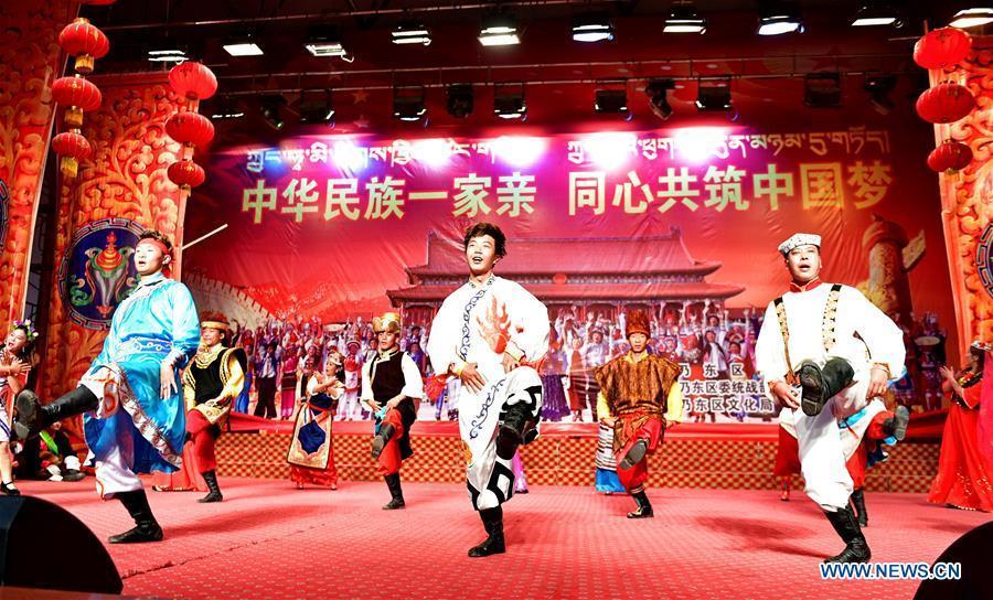 Performers dance during a performance to mark Tibet\'s Serfs\' Emancipation Day in Shannan, southwest China\'s Tibet Autonomous Region, March 26, 2019. Serfs\' Emancipation Day was formally established on March 28. (Xinhua/Zhang Rufeng)
