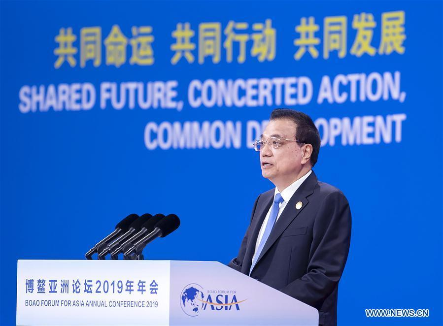 Chinese Premier Li Keqiang delivers a keynote speech at the opening plenary of the Boao Forum for Asia annual conference in Boao, south China\'s Hainan Province, March 28, 2019. (Xinhua/Li Tao)