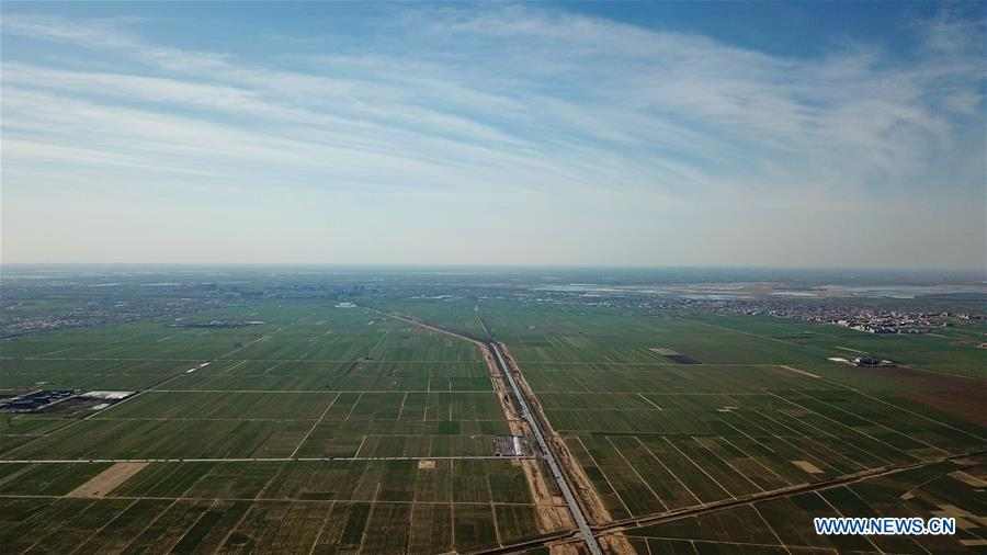Aerial photo taken on March 31, 2019 shows the scenery of a village amid Baiyangdian Lake area in Xiongan New Area, north China\'s Hebei Province. On April 1, 2017, China announced plans to establish the Xiongan New Area, about 100 km southwest of Beijing. Known as China\'s \