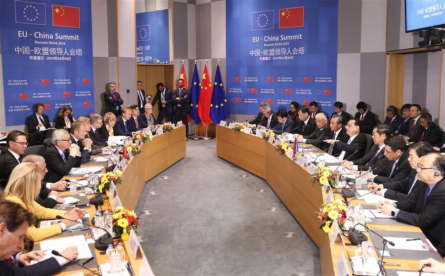 Chinese Premier Li Keqiang, European Council President Donald Tusk and European Commission President Jean-Claude Juncker co-chair the 21st China-EU leaders\' meeting in Brussels, Belgium, April 9, 2019. (Xinhua/Huang Jingwen)