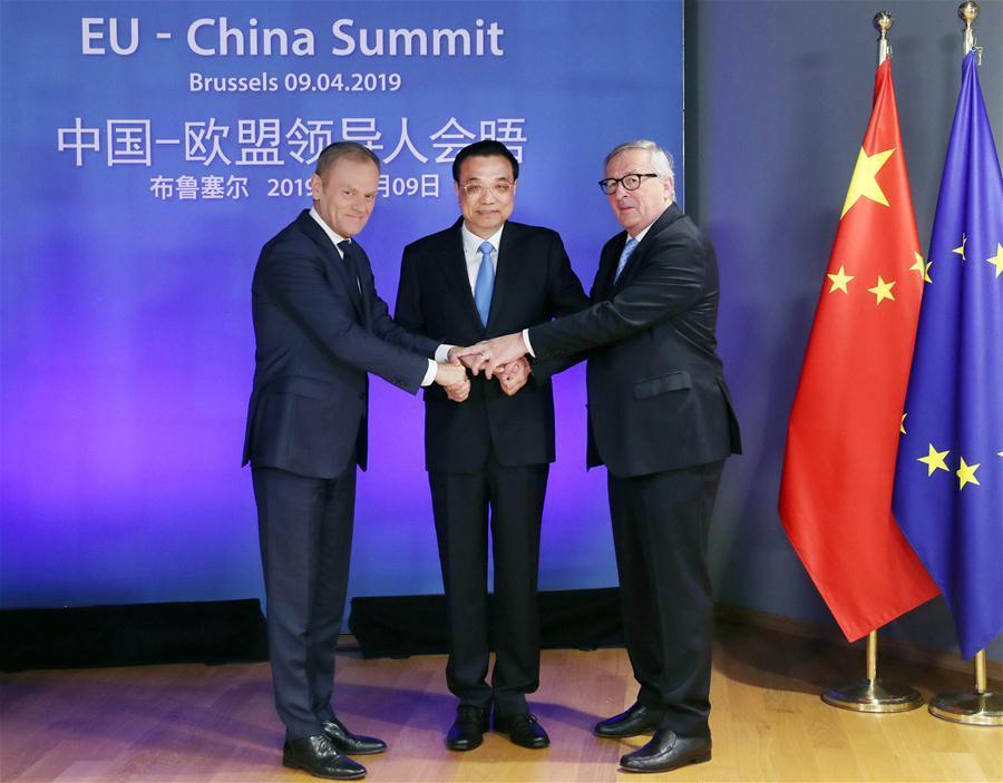 Chinese Premier Li Keqiang (C), European Council President Donald Tusk (L) and European Commission President Jean-Claude Juncker co-chair the 21st China-EU leaders\' meeting in Brussels, Belgium, April 9, 2019. (Xinhua/Liu Weibing)