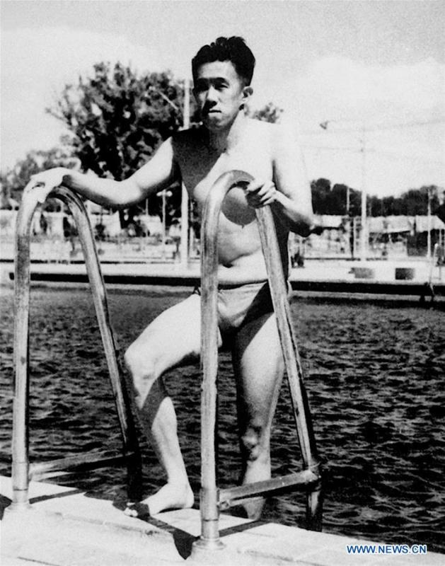 File photo taken in 1952 shows Wu Chuanyu, the first athlete of the People\'s Republic of China competing in the Olympic Games, coming out of the pool after the event at the 15th Summer Olympic Games in Helsinki, capital of Finland. From sending athletes to Helsinki Summer Olympic Games for the very first time in 1952 to winning the bid to host 2022 Winter Olympic Games in 2015, the People\'s Republic of China went through a remarkable history of sports, including successfully hosting the 2008 Summer Olympic Games and preparing for the upcoming 2022 Winter Olympic Games. (Xinhua)