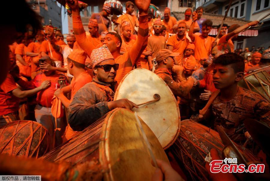 Nepalese people play traditional music during a celebration of Sindoor Jatra Festival at Thimi in Bhaktapur, Nepal, April 15, 2019. The festival is celebrated to welcome the Nepalese New Year and the beginning of the spring season in Nepal.  (Photo/Agencies)