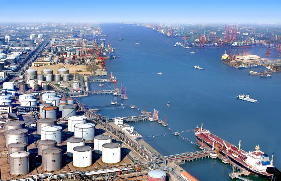 The petrochemical terminal at the Port of Tianjin pictured in January 2010.  (Photo/Tianjin Municipal Information Office)