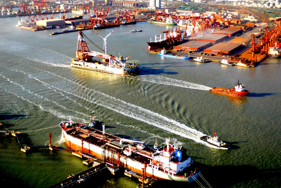 The bustling Port of Tianjin.  (Photo/Tianjin Municipal Information Office)