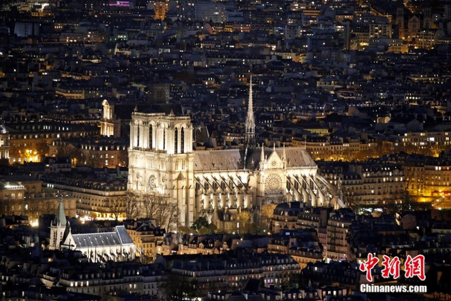 File photo shows the night view of the Notre-Dame Cathedral in Paris. (Photo/Agencies)