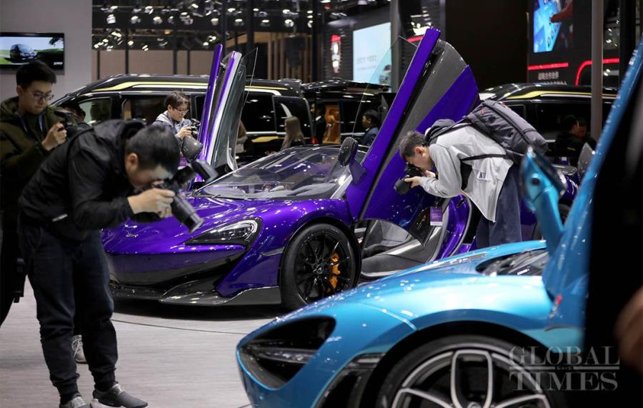 Auto Shanghai 2019, Asia\'s largest auto show, began on Tuesday in China\'s Shanghai. More than 1,000 automobile manufacturers from 20 countries and regions came to showcase their wares. Dozens of 5G and new energy vehicles have made their debuts and have become a feature of the auto show. (Photos: Yang Hui/GT)