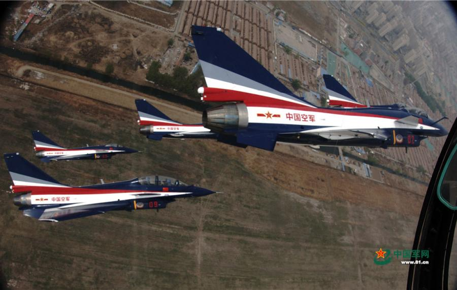 Planes of the Chinese PLA Air Force\'s August 1st aerobatic team flying in a six-plane formation ready for performance on April 12, 2019. (Photo/81.cn)