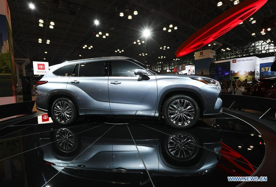 Toyota\'s all-new 2020 Highlander is seen during the media preview of the 2019 New York International Auto Show in New York, the United States, April 17, 2019. The 2019 New York International Auto Show will be open to public on Friday. (Xinhua/Wang Ying)