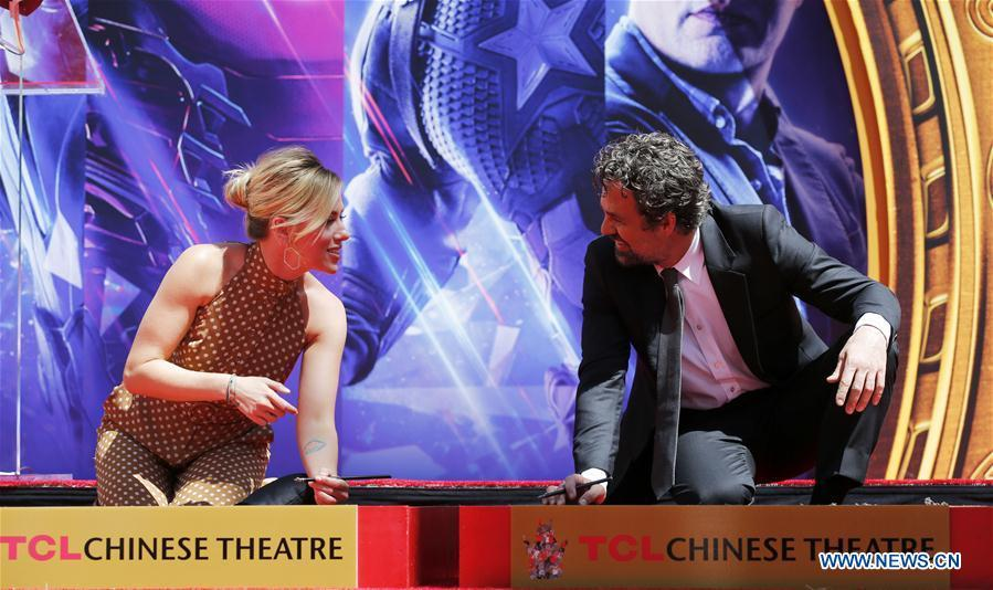 Actress Scarlett Johansson (L) and actor Mark Ruffalo attend their print ceremony in the forecourt of the TCL Chinese Theater in Los Angeles, the United States, April 23, 2019. The cast of Marvel Studios \
