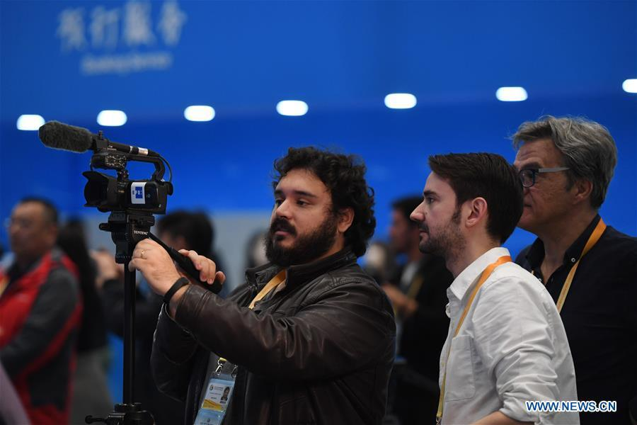 Media gather at the China National Convention Center to report the opening ceremony of the Second Belt and Road Forum for International Cooperation in Beijing, capital of China, April 26, 2019. (Xinhua/Ju Huanzong)