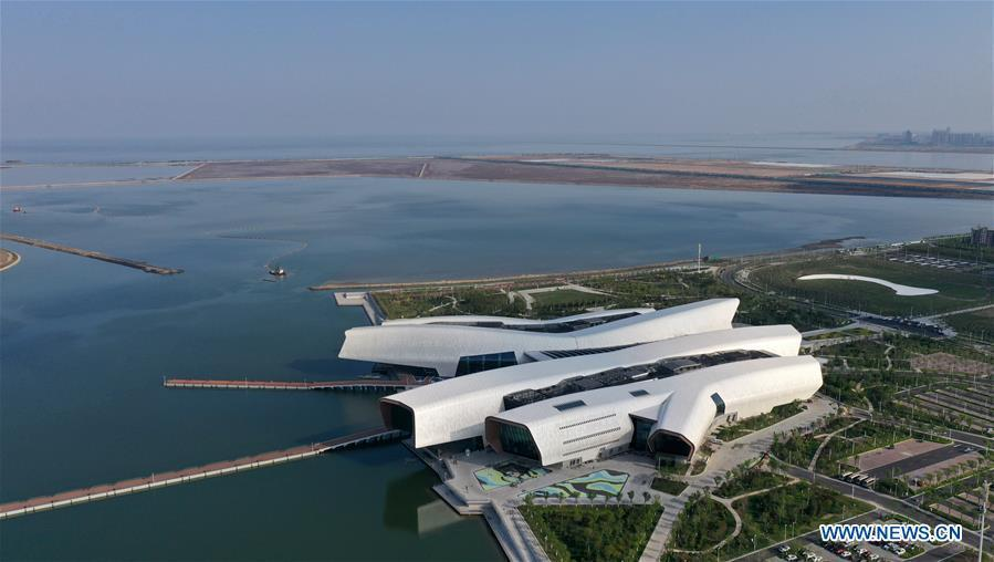 Aerial photo taken on April 25, 2019 shows the outside view of the national maritime museum in Binhai New Area, north China\'s Tianjin. China\'s first national maritime museum has scheduled trial operation for May 1, local authorities said Thursday. Four exhibition halls, which focus on the themes of \