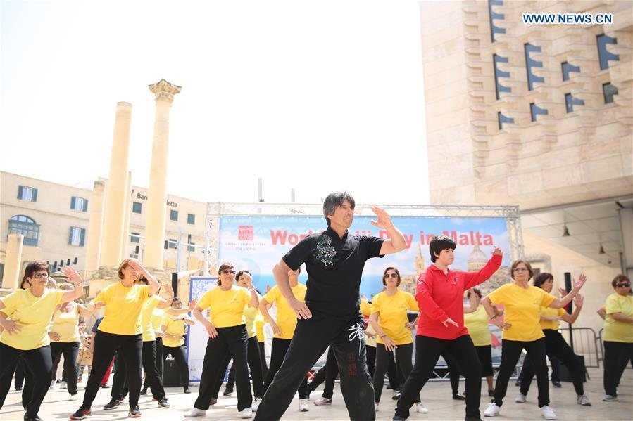 A group of Taiji enthusiasts practice Taiji in Valletta, capital of Malta on April 27, 2019. The World Taiji (Tai Chi) Day was celebrated on Saturday in Valletta, with a series of Chinese Taiji performances. (Xinhua/Yuan Yun)