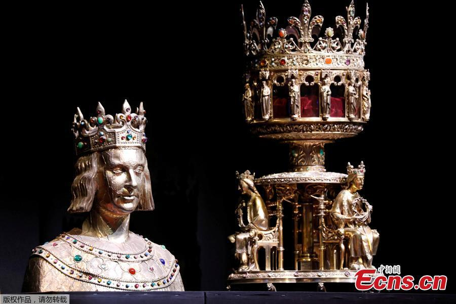 The Reliquary Bust of Saint Louis and the Reliquary of the Holy Crown of Thorns, some of treasures of Notre-Dame Cathedral, are displayed during a meeting of Culture and European Affairs ministers from across the EU to discuss protection of European heritage after the Notre-Dame fire, in Paris, France, May 3, 2019.  (Photo/Agencies)