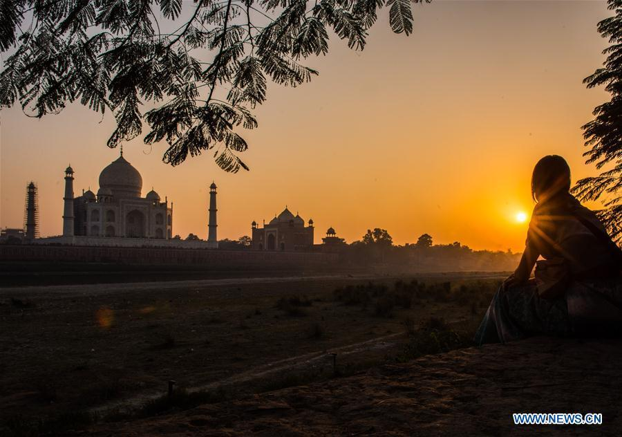 Photo taken on Dec. 22, 2016 shows the Taj Mahal under sunset in Agra, India. China will hold the Conference on Dialogue of Asian Civilizations starting from May 15. Under the theme of \