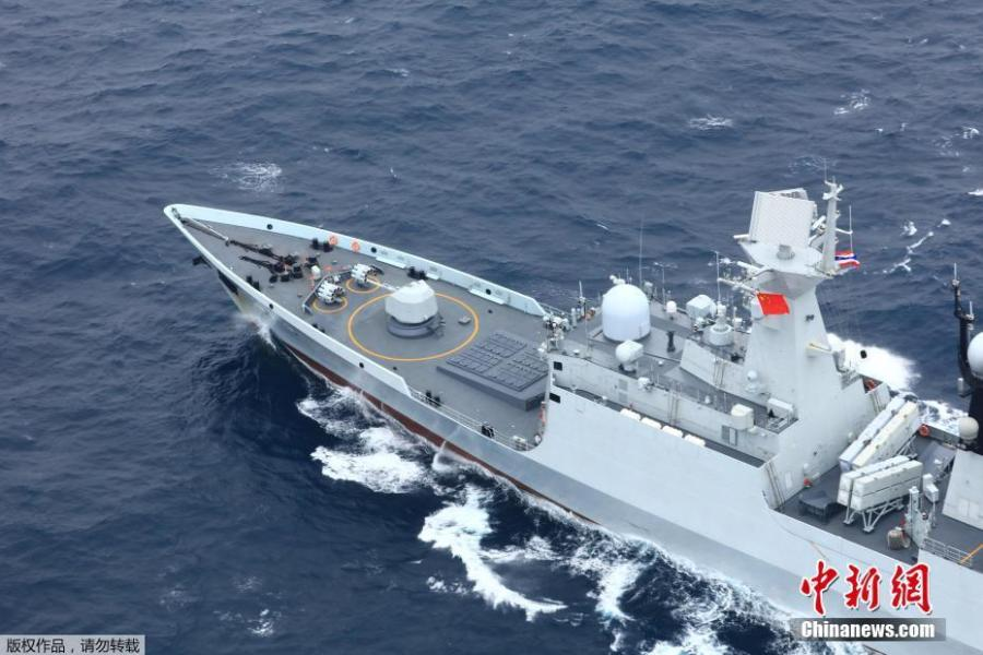 A Chinese  naval ships sails in waters against the wind and waves on May 8, 2019. China and Thailand\'s naval forces on Wednesday concluded a week-long joint training exercise at a military port in Zhanjiang, south China\'s Guangdong Province.  (Photo/China News Service)