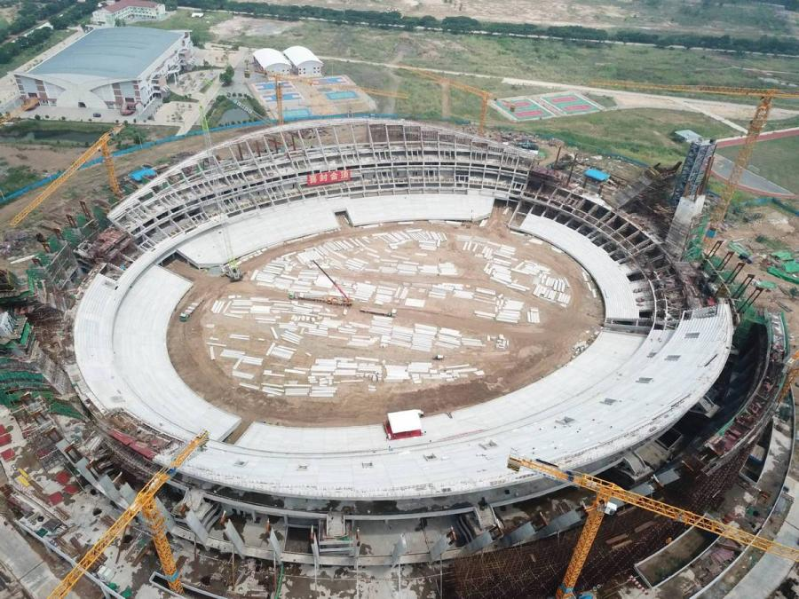 The construction work on a China-funded national stadium is halfway towards completion in Phnom Penh, Cambodia, the photo, shot on May 12, shows. (Photo/Xinhua)