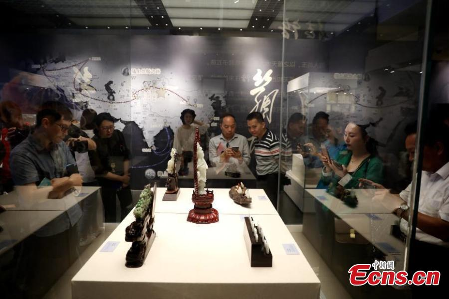 A Xinjiang jade exhibition opens at the Gulangyu Foreign Cultural Relics Museum in Xiamen City, Fujian Province, May 13, 2019. A total of 25 jade articles originally from northwest China's Xinjiang Uygur Autonomous Region will be on display during the two-month show.  (Photo: China News Service/Li Siyuan)