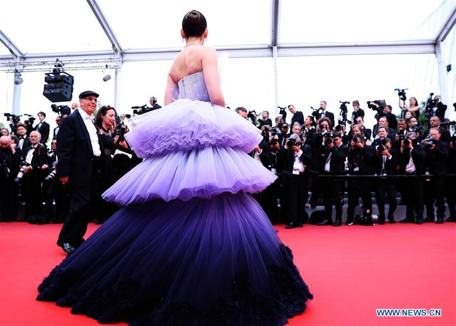 A guest is seen on the red carpet for the opening gala during the 72nd Cannes Film Festival at Palais des Festivals in Cannes, France, on May 14, 2019. The 72nd Cannes Film Festival is held here from May 14 to 25. (Xinhua/Gao Jing)