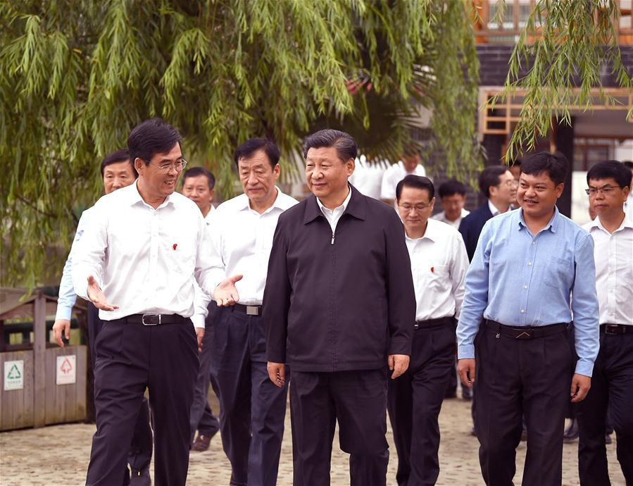Chinese President Xi Jinping, also general secretary of the Communist Party of China Central Committee and chairman of the Central Military Commission, visits Tantou Village in Yudu County, Ganzhou City, during an inspection tour of east China\'s Jiangxi Province on May 20, 2019. (Xinhua/Xie Huanchi)