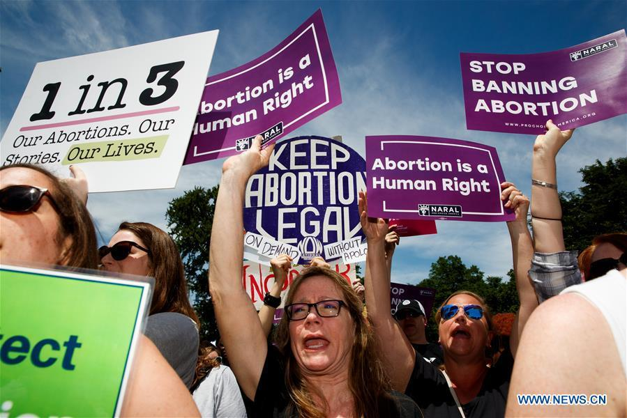 People protest during a rally calling for abortion rights outside the U.S. Supreme Court in Washington D.C., the United States, on May 21, 2019. Alabama enacted a new law recently to ban all abortions, except in the cases in which the mother\'s life is in danger. It is the latest state to join the camp to make abortions illegal from the time as early as of detected fetal heartbeat, around six weeks of gestation. (Xinhua/Ting Shen)