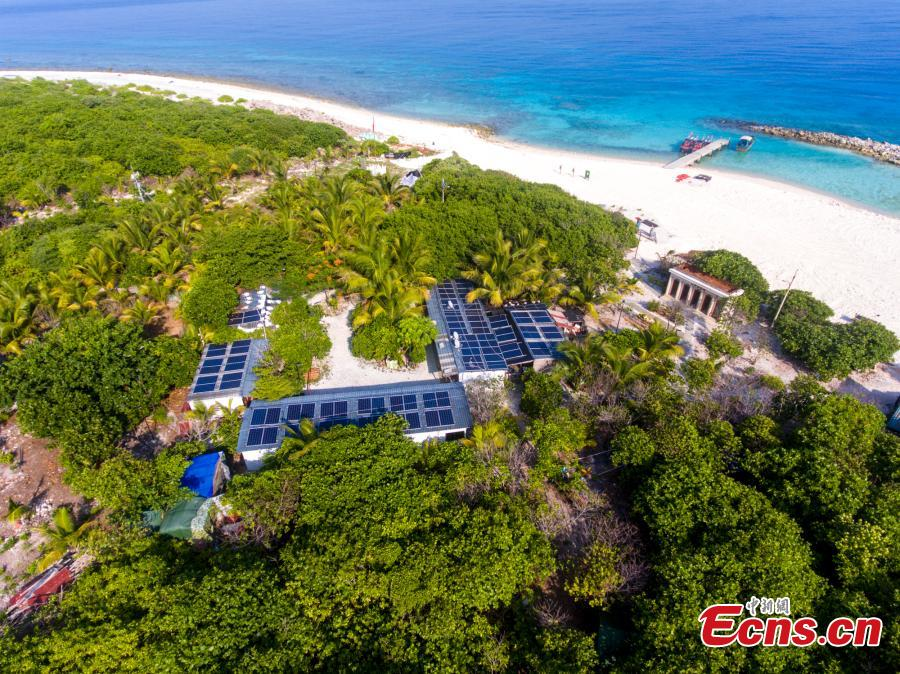 A fishermen's house equipped with solar panel on Ganquan Island in the Xisha Yongle Islands group in South China\'s Hainan Province. (Photo: China News Service/Luo Yunfei)
