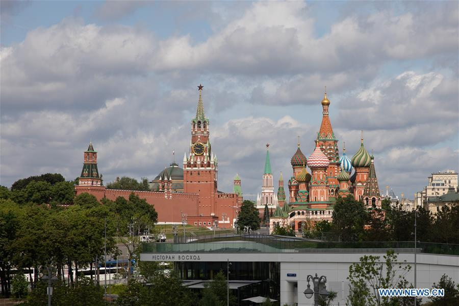 Photo taken on June 3, 2019 shows the Kremlin Palace (L) and the Saint Basil\'s Cathedral in Moscow, capital of Russia. Chinese President Xi Jinping will pay a state visit to Russia from June 5 to 7 at the invitation of Russian President Vladimir Putin, a Chinese Foreign Ministry spokesperson announced on Wednesday at a press briefing. Xi will also attend the 23rd St. Petersburg International Economic Forum during his stay, according to spokesperson Lu Kang. (Xinhua/Bai Xueqi)
