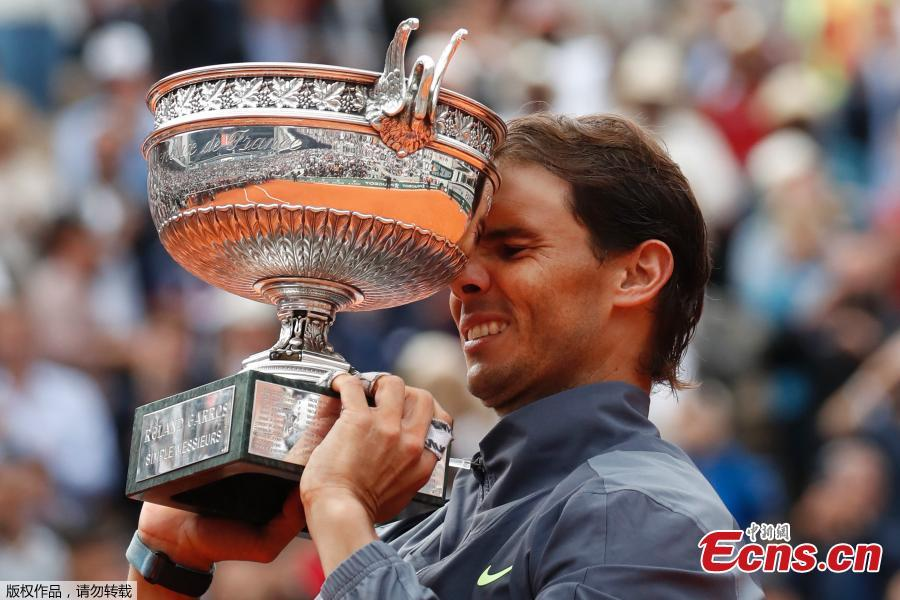 Rafael Nadal poses with the Mousquetaires Cup as French Open Champion 2019. (Photo/Agencies)