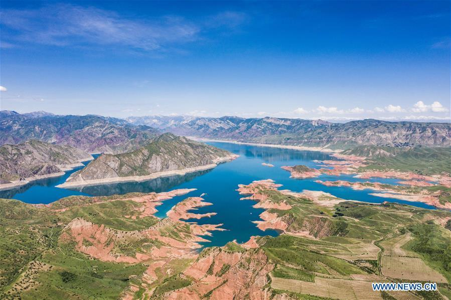 <?php echo strip_tags(addslashes(Aerial photo taken on May 21, 2019 shows the Nurek lake in Tajikistan. (Xinhua/Zhang Ruoxuan))) ?>