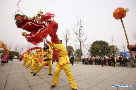 Chinese celebrate Year of the Dog