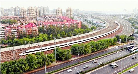 Fuxing trains to cut Hangzhou-Beijing travel time to 4.5 hours