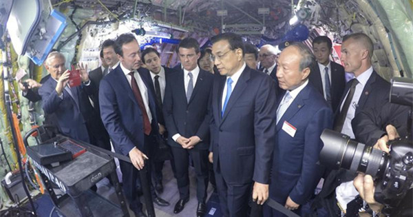 Premier Li praises China-France cooperation in aviation