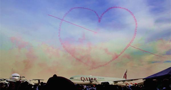 Stunt flying at Kuwait aviation show