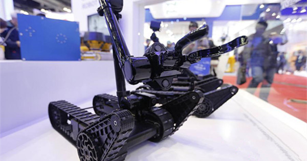 Anti-terror robots highlight exhibition