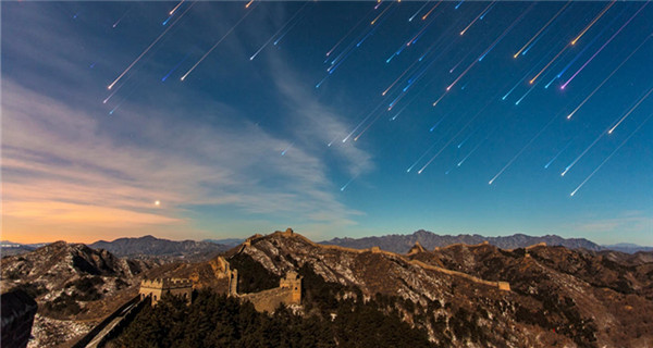 The Great Wall under starry sky