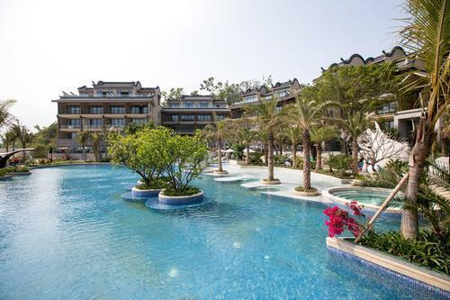 Luxurious resort opens in Tangjiawan hi-tech zone