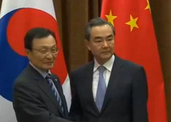 China urges S. Korea to 'remove obstacles' to good ties