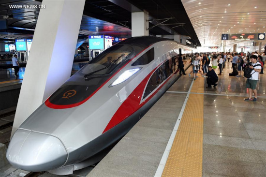 New China-built train has top speed of 400 km/h