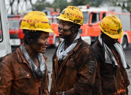 Rescuers enter accident site in Anhui's Dongfang Coal Mine