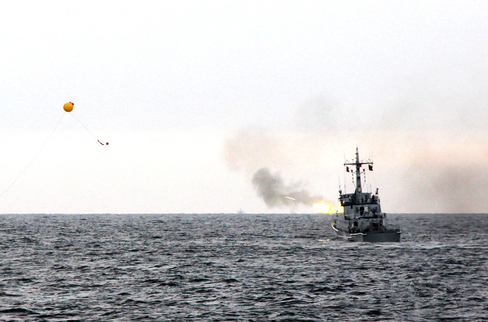 PLA navy conducts live fire drill in East China Sea
