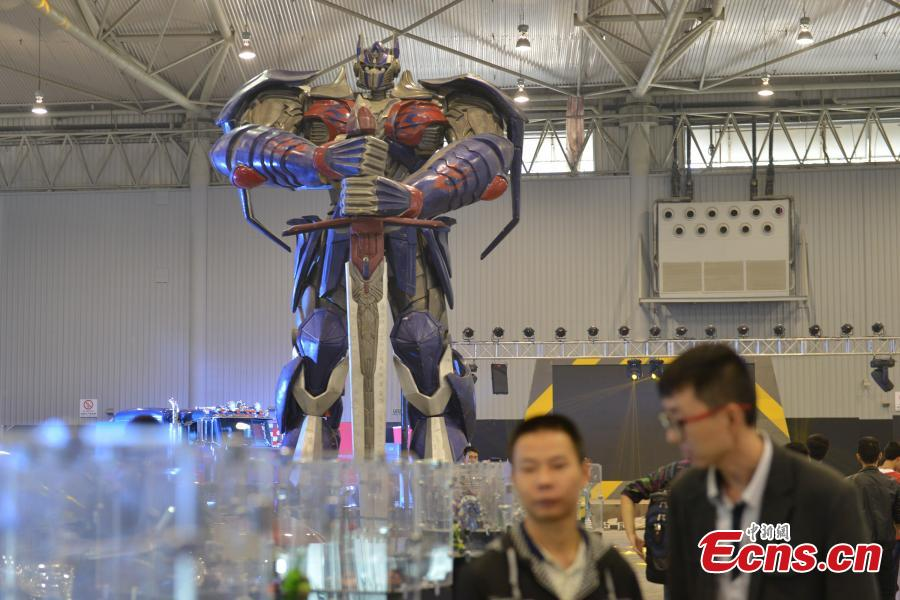 Eight-meter-tall Optimus Prime shown at trade fare