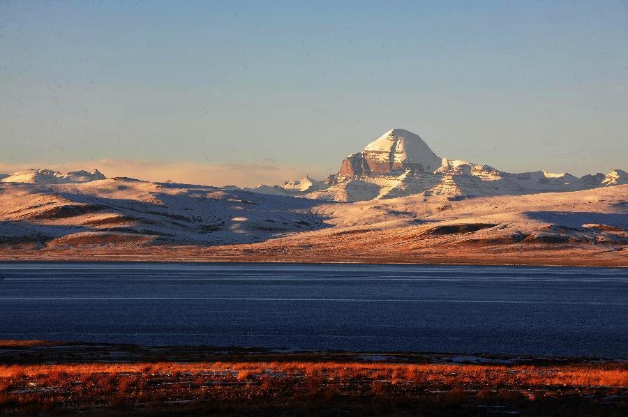 Picturesque scenery of Mount Kailash in China's Tibet