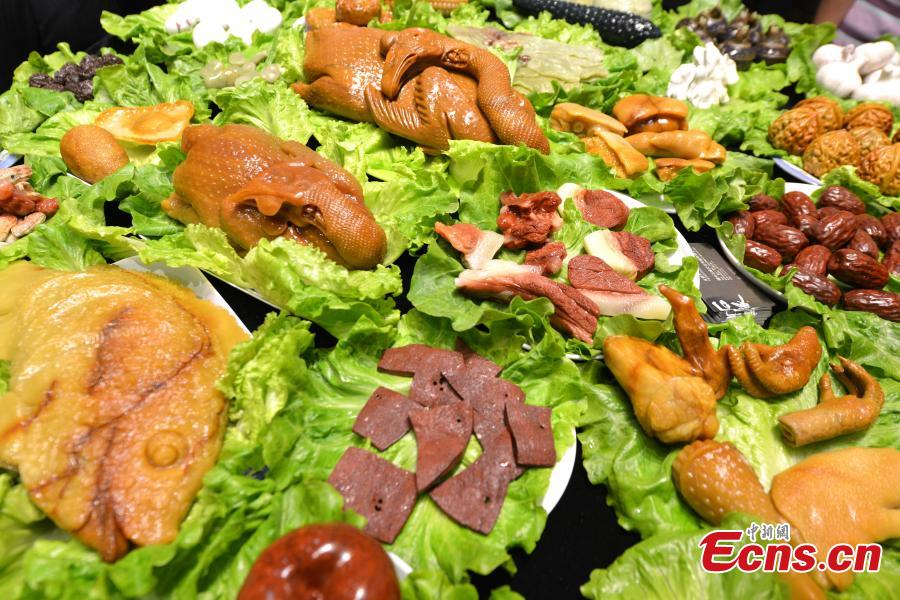 'Stone banquet' prepared for visitors at Xiamen exposition
