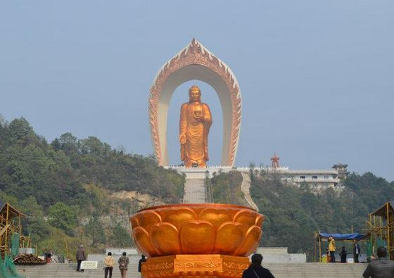 World's tallest Buddha statue in Donglin Temple