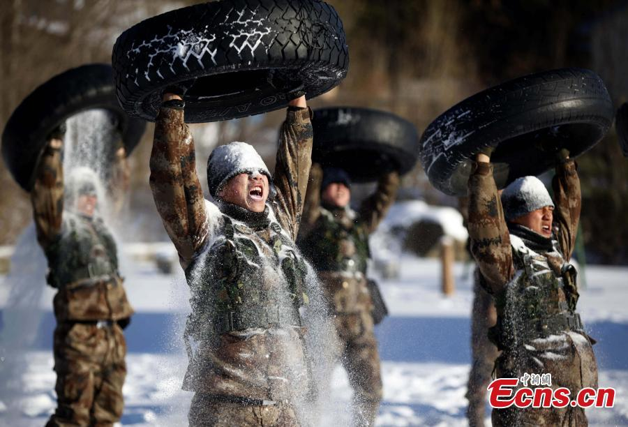 Border soldiers sharpen skills in snow training