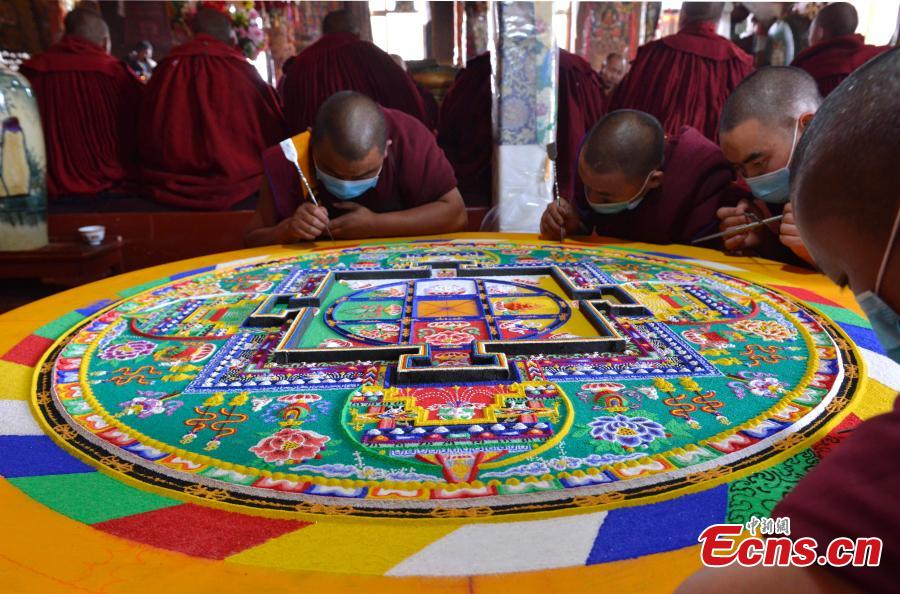 Tibet monastery takes elaborate effort to make mandala
