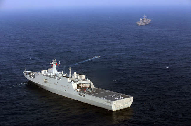 Naval ships of China and U.S. hold joint military drill in Zhanjiang