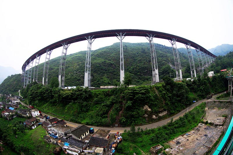 Yaxi highway: A 'ladder-like sky road' in China