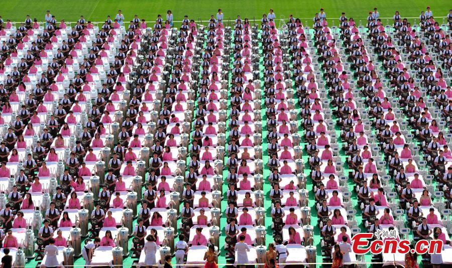 1,000 beauty therapists attempt new world record